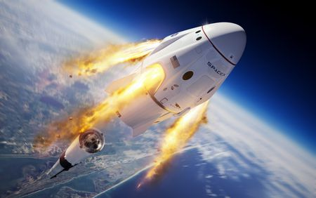 Uzaya İlk Ticari Uçuş